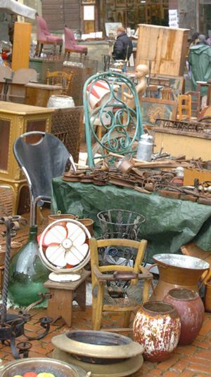 Antiques Market In Arezzo Tuscany Guide Events
