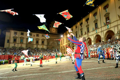Flag juggling in Arezzo Piazza Grande before the Saracen Joust