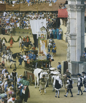 Parade before the Palio in Siena