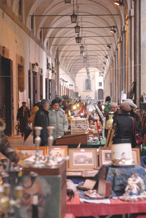 The Logge del Vasari shelter part of the Arezzo Antiques Market